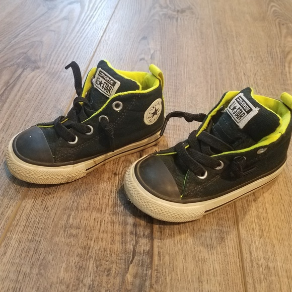 c7efe71284ab Converse Other - converse hightop size 6